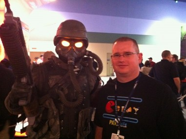 UnddeadDoG and his friend, the Helghast Soldier