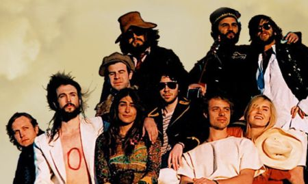 REVIEW – Edward Sharpe and the Magnetic Zeros